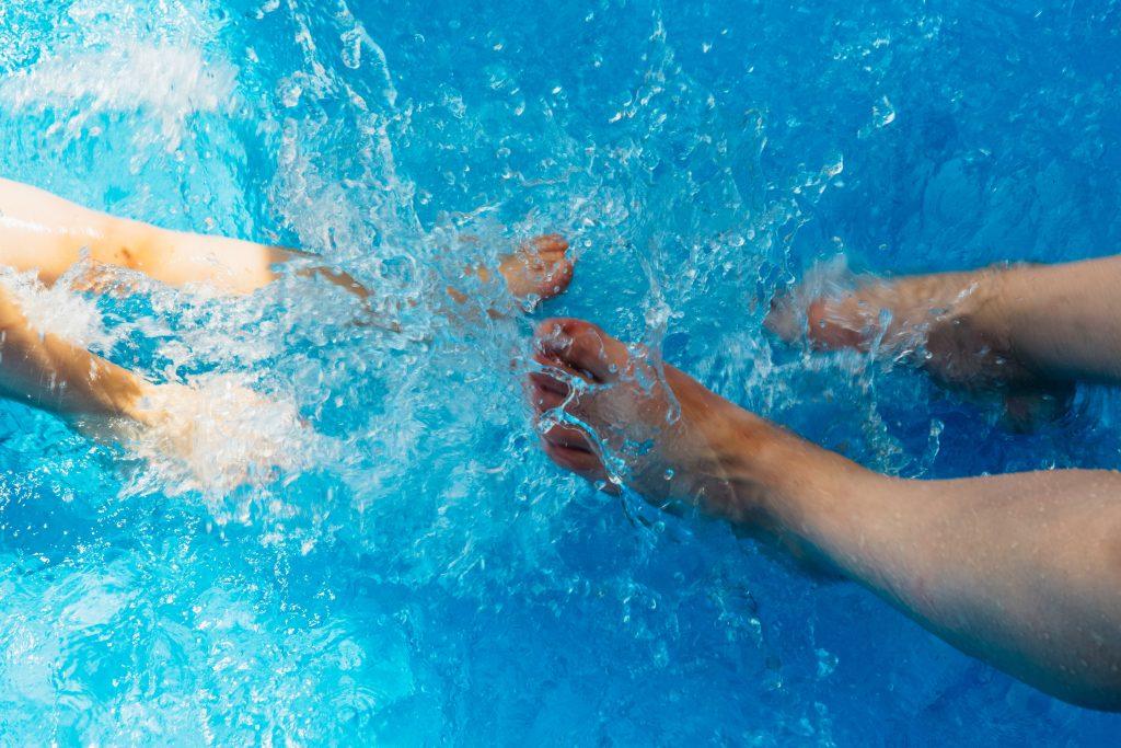 804c4ab07c7e75 Je had maar één taak: Drents zwembad leeggelopen door foutje medewerker -  LINDA.nl
