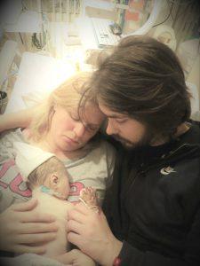 Luciennes dochter overleed onverwachts een paar uur na de bevalling