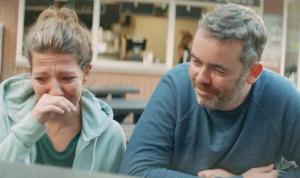 Martijn over hoe kanker zijn leven beïnvloedde: 'Ik was bang dat mijn vriendin bij me wegging'