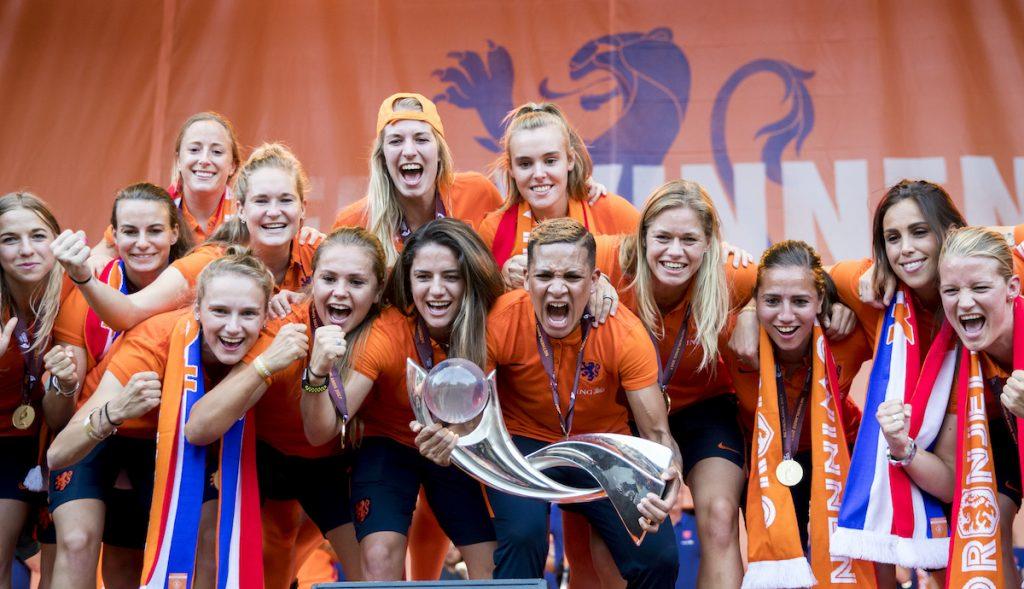 Gaat het ze nog lukken? Oranje Leeuwinnen loten Denemarken in WK play-offs