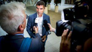 Staatssecretaris Blokhuis reageert op meningokokkennieuws: 'Vaccinbesluit kon niet sneller'