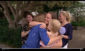 Robert ten Brink verrast gezin én kijkers met extreem leuke verrassing in 'Love is in the Air'