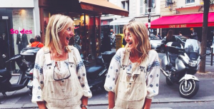 Roos (27) en haar moeder (59) zijn beste vriendinnen en gaan zelfs samen uit