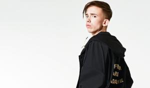 'Hypebeast' Mark (17) geeft duizenden euro's uit aan kleren: 'Een outfit moet flowen'