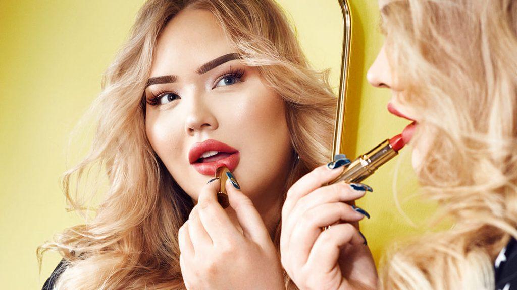 Linda Hakeboom Maakt Documentaire Over Beautyvlogger Nikki