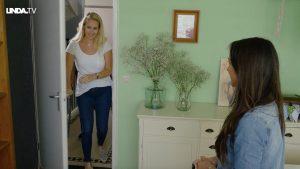 Tessa verrast moeder Saskia: 'Ze verdient een fijne werkkamer.'