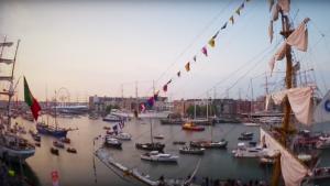 #3 Voor alle Hollandse waterratten: De botenparade tijdens Sail Amsterdam 2015
