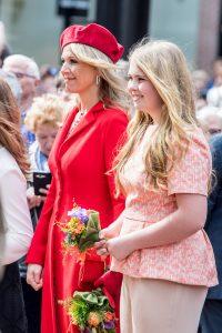 Koninklijk bezoek bij Queen B: Máxima en Amalia bezoeken concert Beyoncé