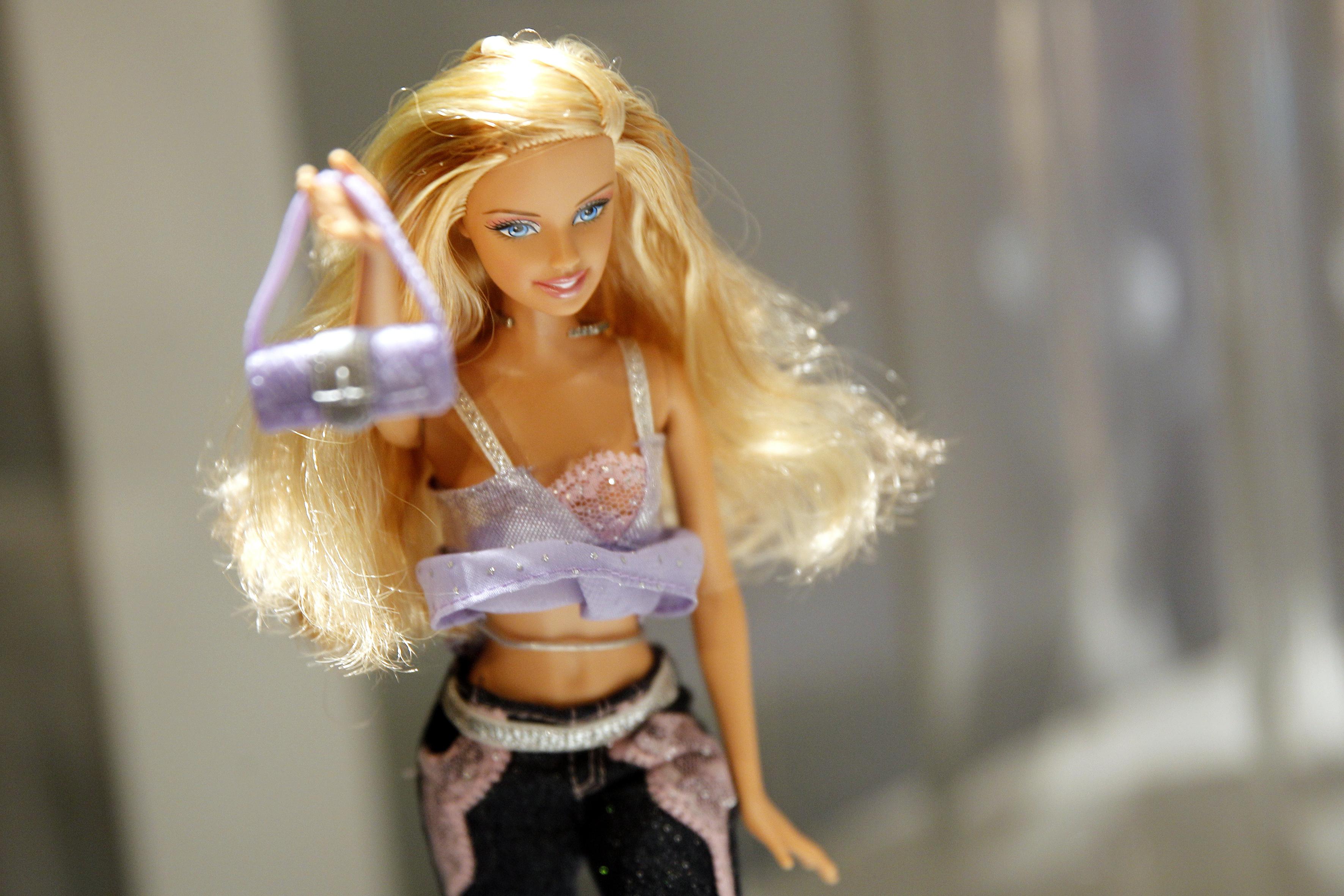 Thumbnail voor Barbie komt met poppen van historische vrouwen en levende vrouwelijke legendes