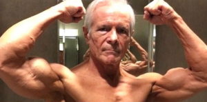 Amerikaanse fitness-opa (67) is een ware hit op Instagram (en zo gespierd als wat)