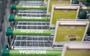 Britse supermarkt schrapt het woord 'Moederdag', want da's niet genderneutraal
