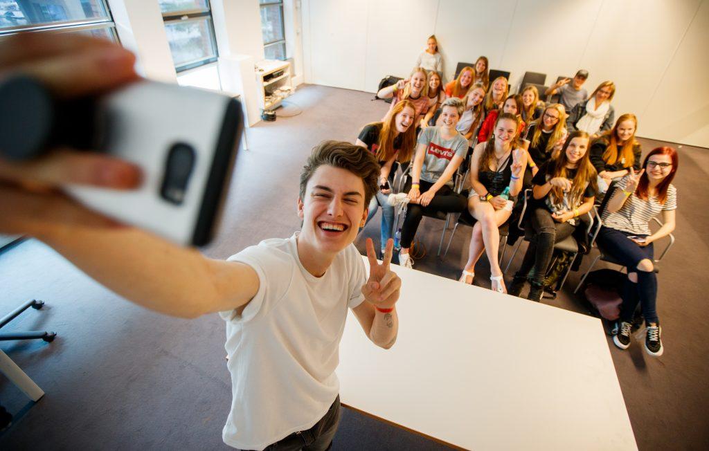 Vloggers hebben grote invloed op koopgedrag van - jawel - basisschoolkinderen