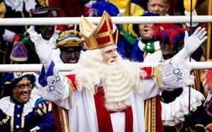 'AD' roept op tot een Sinterklaasbestand: 'Niet discussiëren, maar feest vieren'