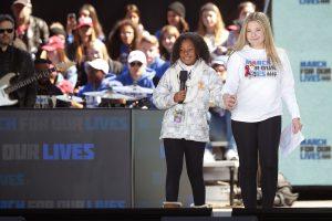 Kleindochter Martin Luther King demonstreert tegen wapenwet met indrukwekkende speech