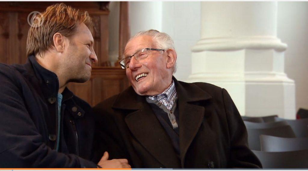 Kijkers zijn dól op Egbert (90) die oneindig liefdevol over zijn overleden vrouw spreekt
