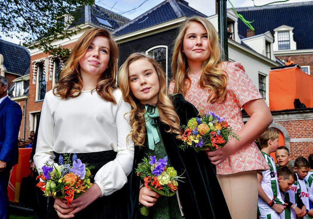 Koningsdag 2018 Techniek Voor Meisjes Een Lange Amalia En Een Rode