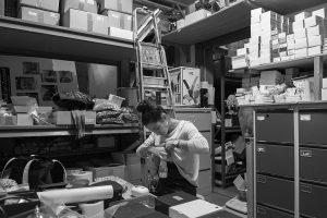 Melk in de meterkast: fotograaf legt 23 alternatieve kolfruimtes vast