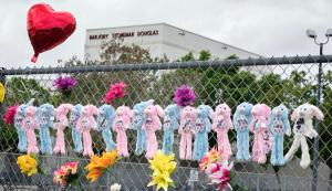 Gewapende bewaker van school in Parkland hád kunnen ingrijpen, maar deed dat niet