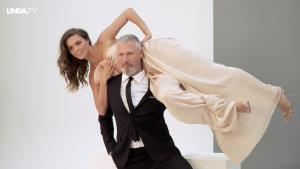 Kim Feenstra en Eric Corton laten zich van hun meest flexibele kant zien