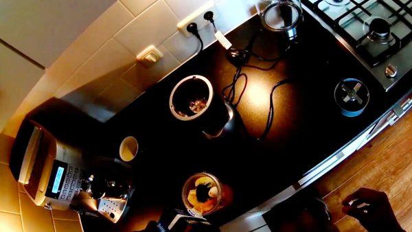 Dit muzikale wonder start elke dag met twee krentenbollen, én koffie