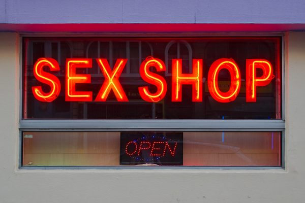 Online sexshops booming business in India