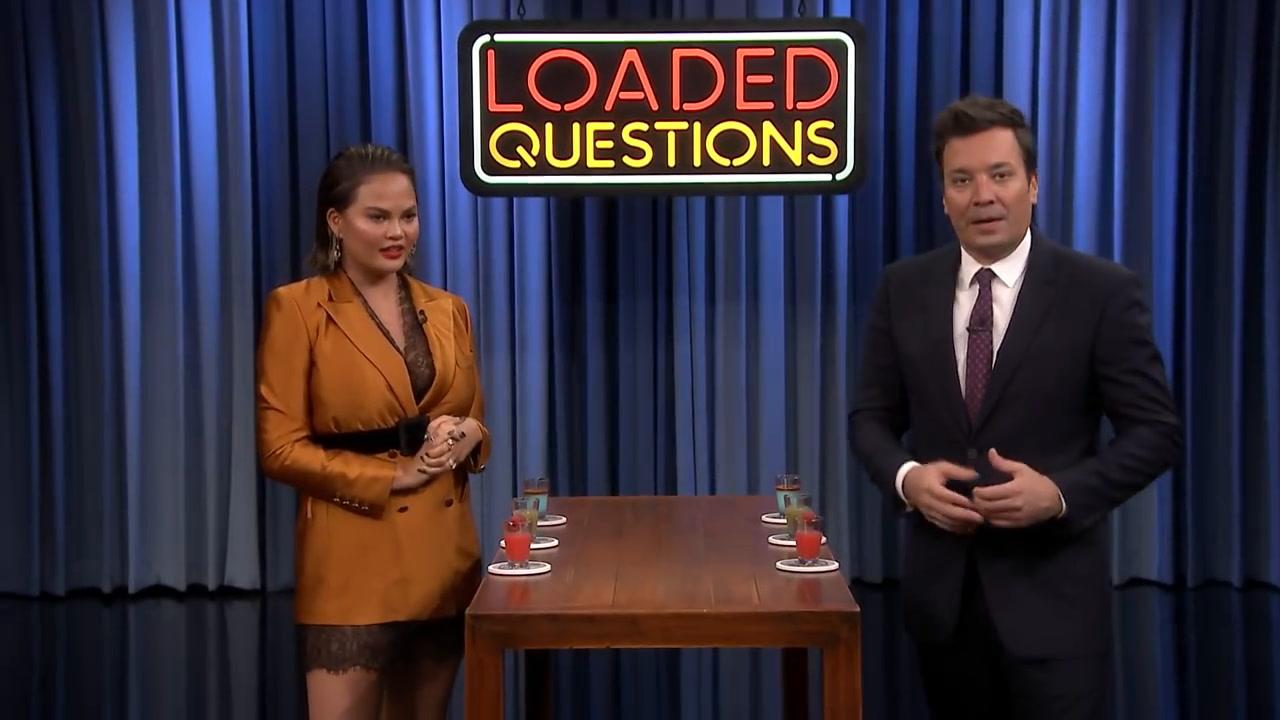 Chrissy Teigen antwoordt 'Rob Kardashian' bij Jimmy Fallon's vragenspel, maar op welke vraag?