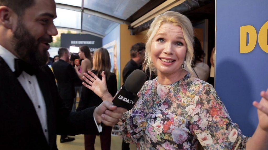 Janice op zoek bij filmpremière 'Doris': welke BN'ers zijn stiekem een rommelkont?