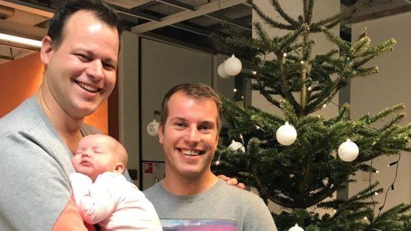Afl. 3 Duco en Ron gingen op een babymoon: 'We konden gewoon gin-tonics drinken'