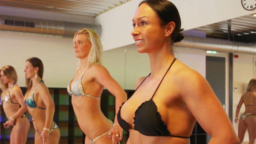 Afl. 5 Poseren kun je leren: fitmom Daphne gaat op les