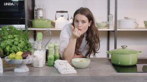 Bloemkoolsoep met knoflook: verrukkelijk en helpt tegen een opkomend griepje