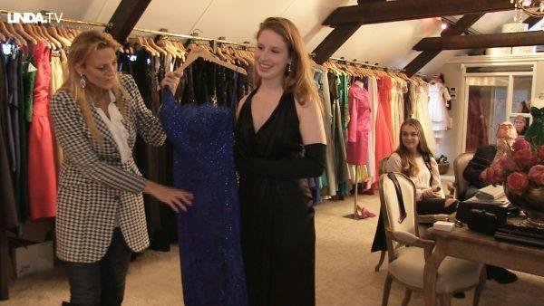 Desire gaat naar een studentengala: 'De jurk die ik zoek moet bierflesjesproof zijn.'