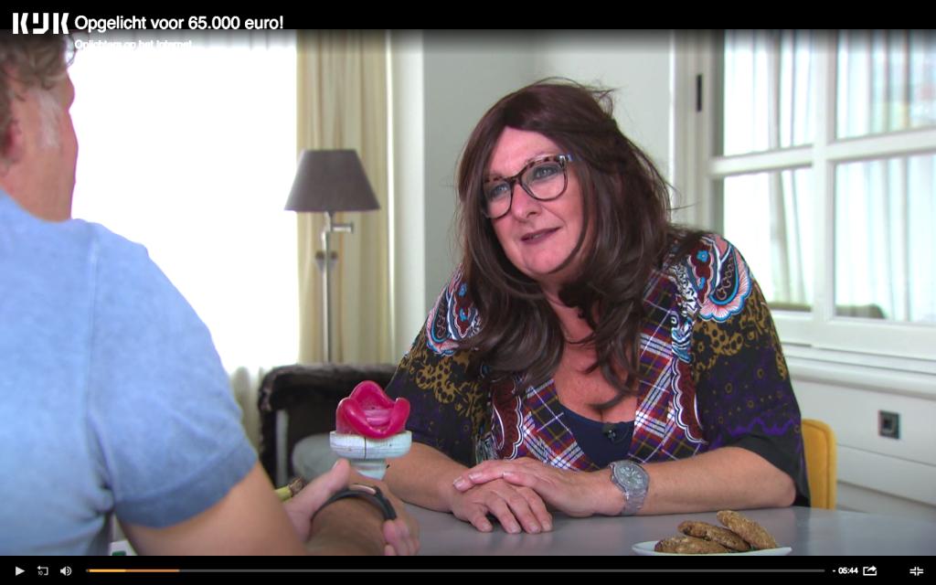 Linda werd slachtoffer van oplichters via een datingsite: 'Ik was betoverd'