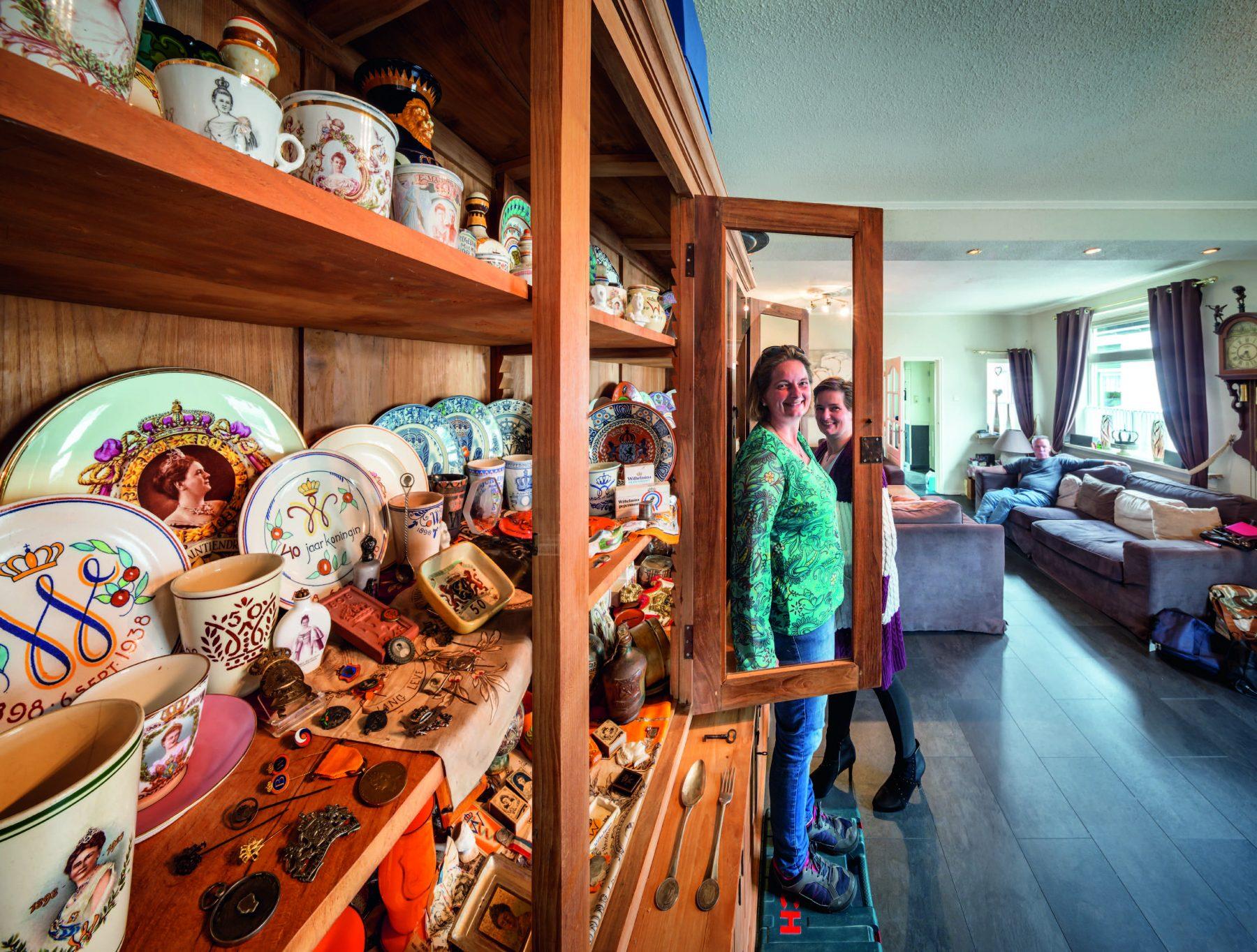 Koningshuisfanaten Jolanda en Linda: 'Máxima is nog mooi in een aardappelzak'