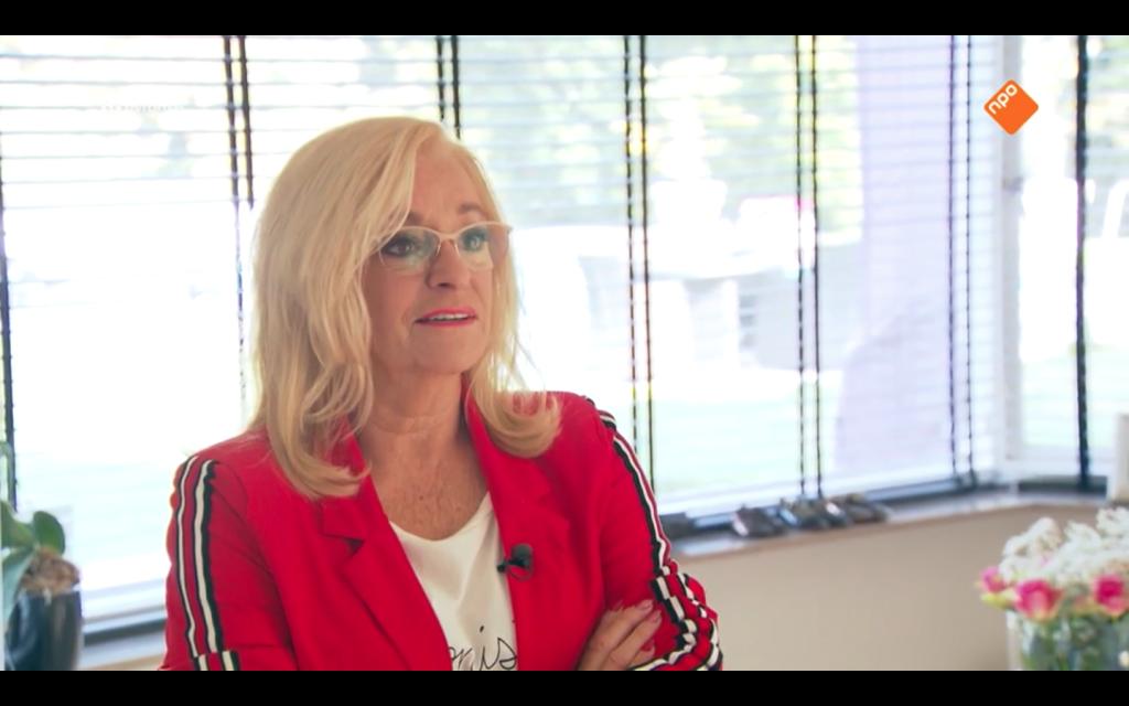 Corry Konings vertelt in 'TV Show op Reis' waarom ze écht niet meer met rapper Aisha praat