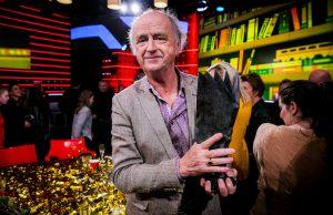 Thumbnail voor Hendrik Groen wint NS Publieksprijs met 'Zolang er leven is'