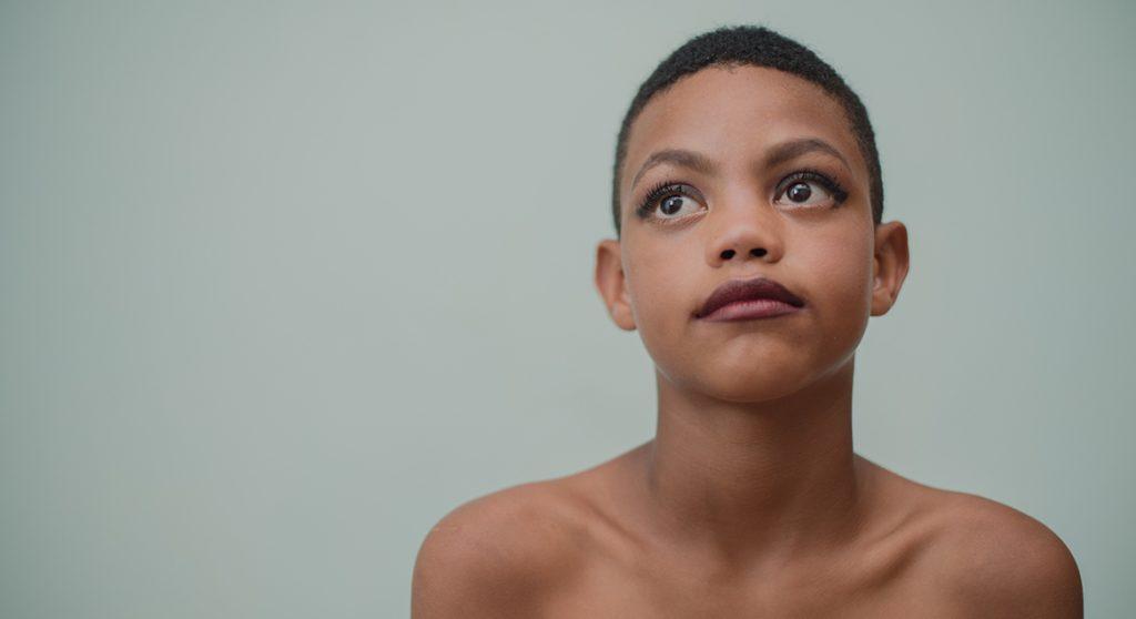 Je kind genderneutraal opvoeden en aanspreken met 'hen': 8 X jullie mening
