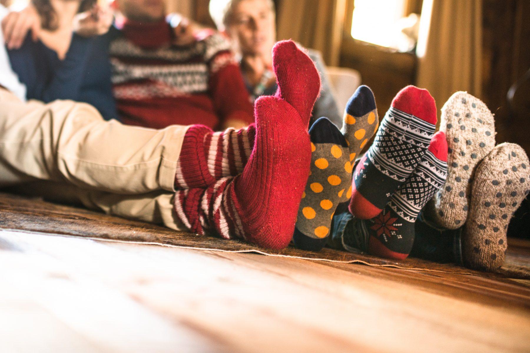 Tijs (11) geeft 160 daklozen sokken en ondergoed cadeau, door eigen actie