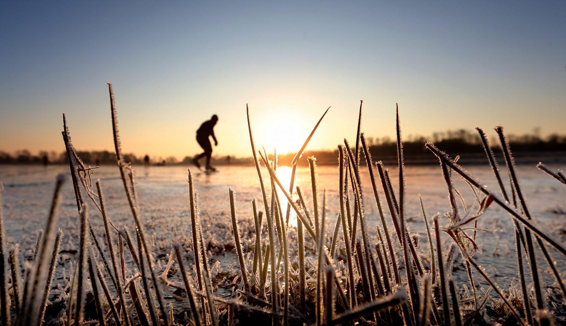 Is er schaatsweer op komst? Langere koude periode in aantocht