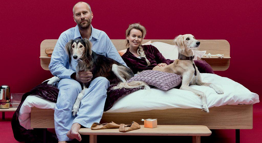Martijn en Sylvia slapen met hun honden in bed: 'Van sex raakt Odie volledig in paniek'