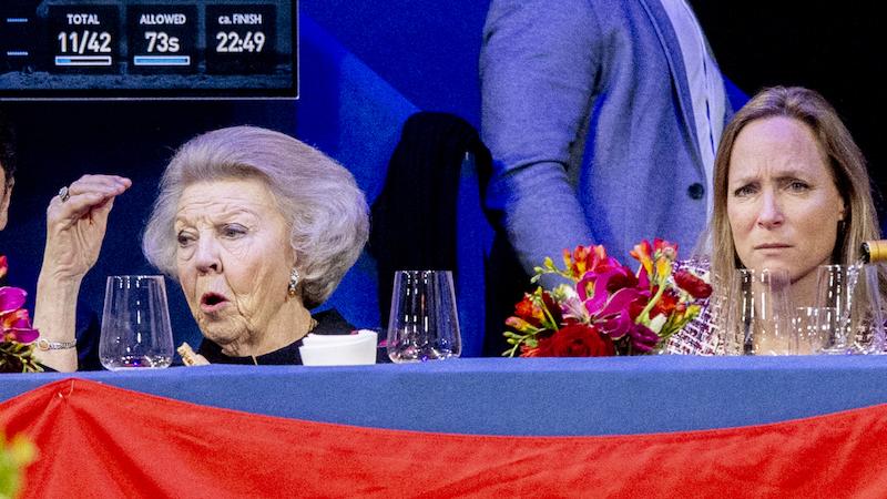 Beatrix fotolijstje verjaardag 82-10
