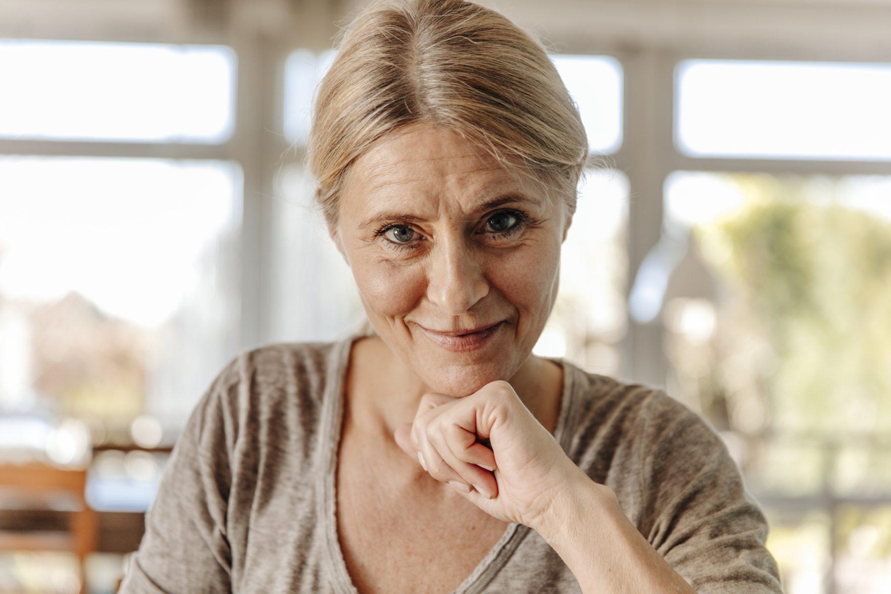 Dag strakke huid, hallo rimpels: drogisterijketen in VS laat vrouwen zien zoals ze zijn