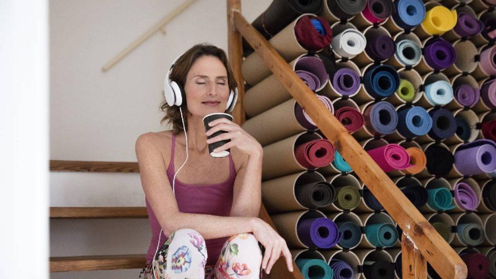 De elite verandert: geen dure horloges meer, maar yoga en lattes met havermelk