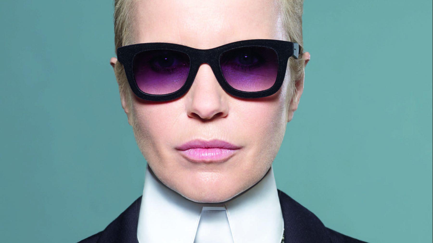 Linda als Karl Lagerfeld