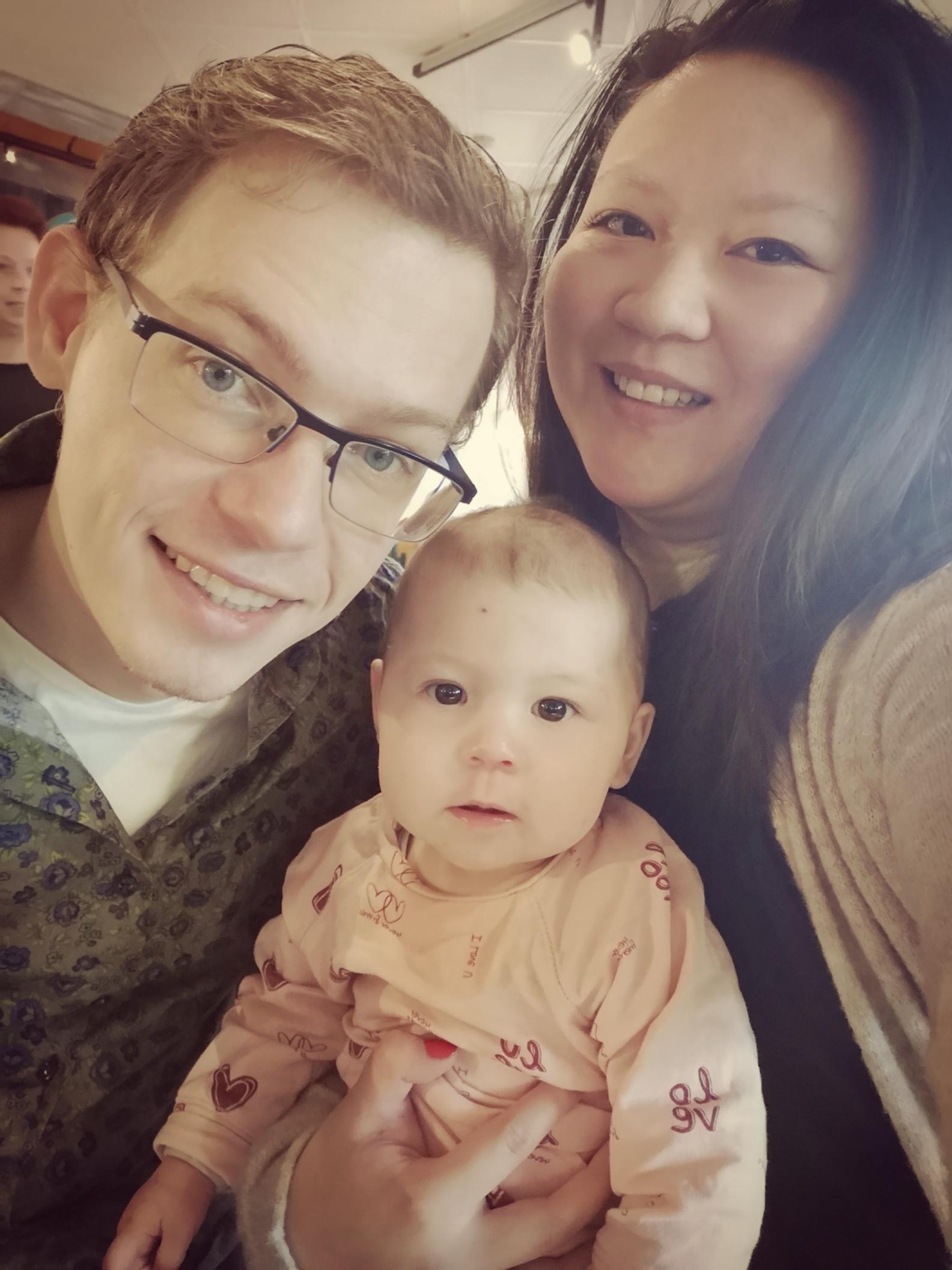 Jordy, Kyana, Muriel - Muriël werd geadopteerd uit China en heeft nu zelf een dochter