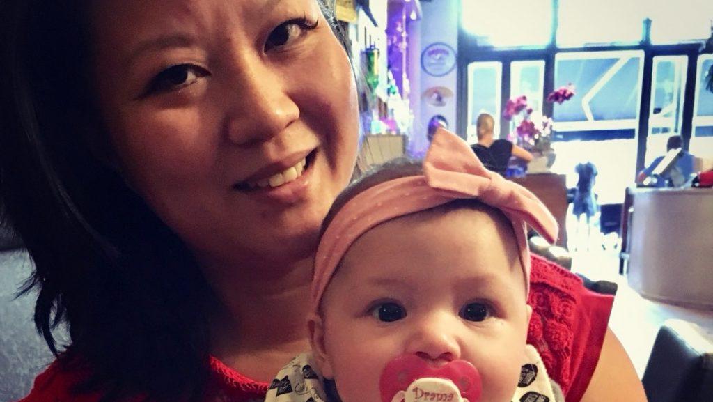 Muriel en Kyana nu - Muriël werd geadopteerd uit China en heeft nu zelf een dochter