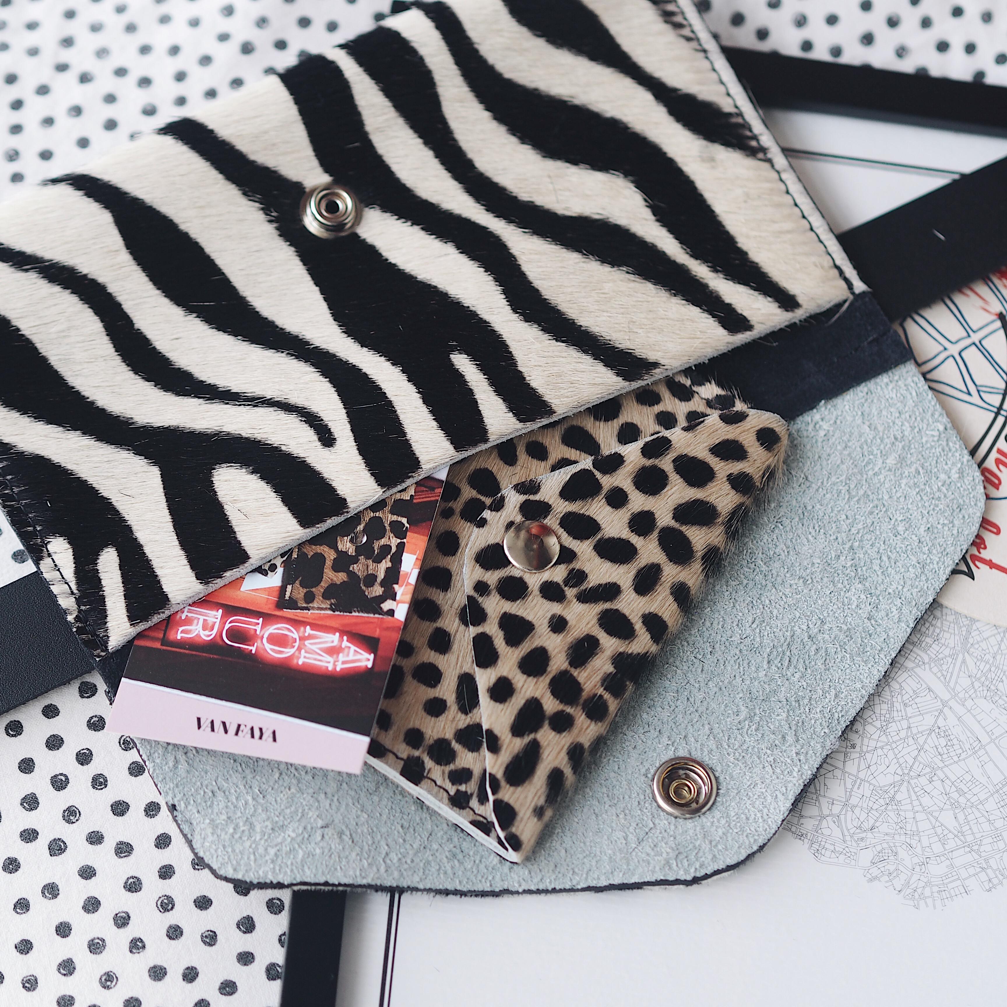 Van Faya winactie belt bag en mini wallet