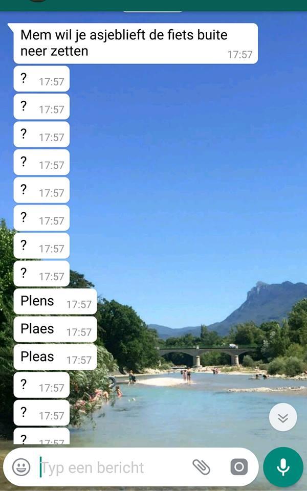 Thea de Vries whatsapp gesprek zoon dochter moeder