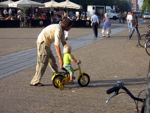 pn5s_amsterdam_bicycle_age