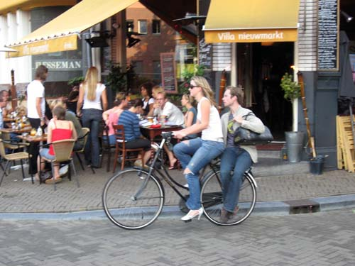 pp9s_amsterdam_bicycle_many