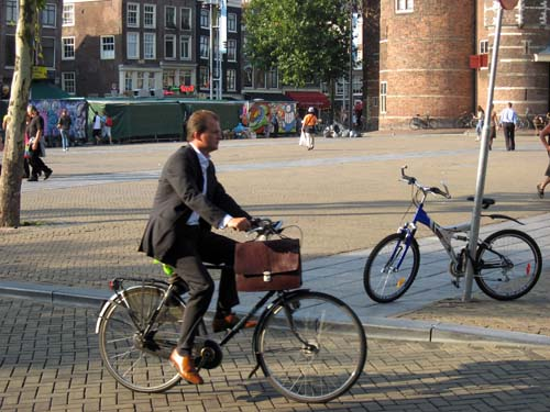 pr2s_amsterdam_bicycle_suit